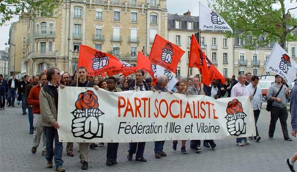 Le cortège du Parti Socialiste place de Bretagne à Rennes