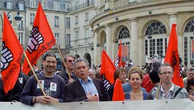 Le cortège du Parti Socialiste place de la Mairie à Rennes